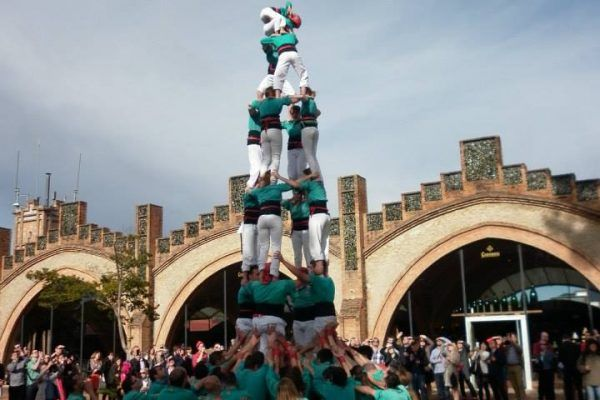 0.Post Teambuilding Barcelona Incentive trip Castellers