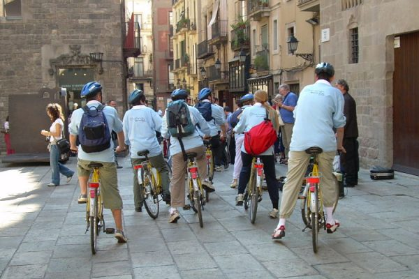 Amfivia Bike Teambuilding Activity Barcelona Biking (8)_opt