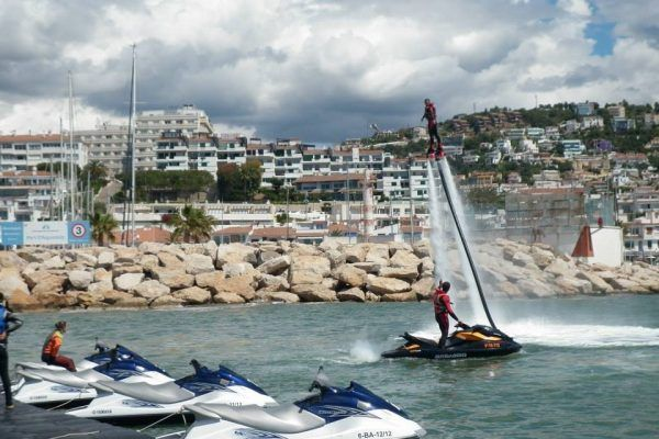 amfivia_beach_activities-2_teambuilding_barcelona_watersports_incentives