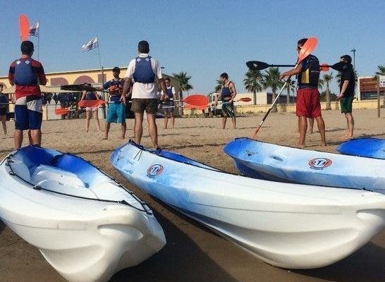 amfivia_beach_activities0_teambuilding_barcelona_watersports_incentives