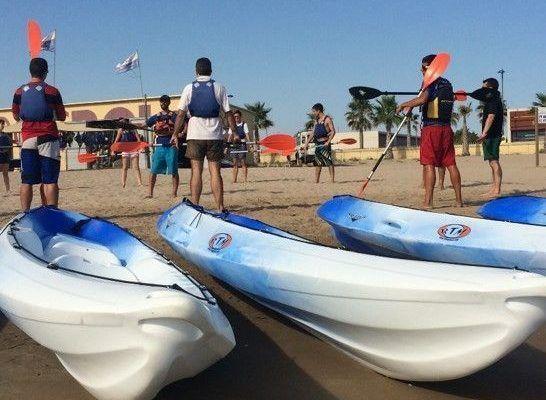 amfivia_beach_activities0_teambuilding_barcelona_watersports_incentives