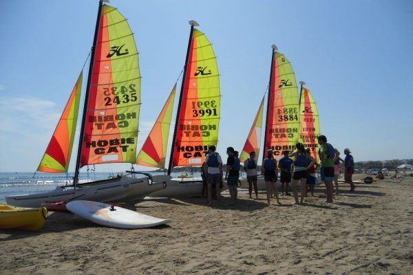amfivia_beach_activities4_teambuilding_barcelona_watersports_incentives_opt