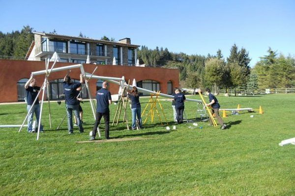 construction_olympic_best_teamworkright-on-time_warmup_-teambuilding_exercise_training_outdoor_opt