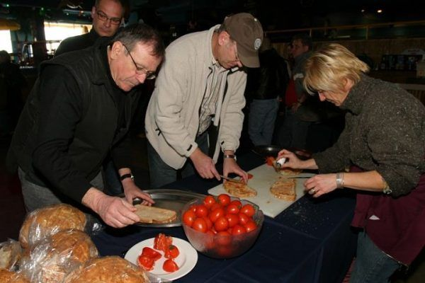from-the-market-to-the-kitchen9_cooking_workshop_team-building_barcelona_incentives_groups_amfivia_opt