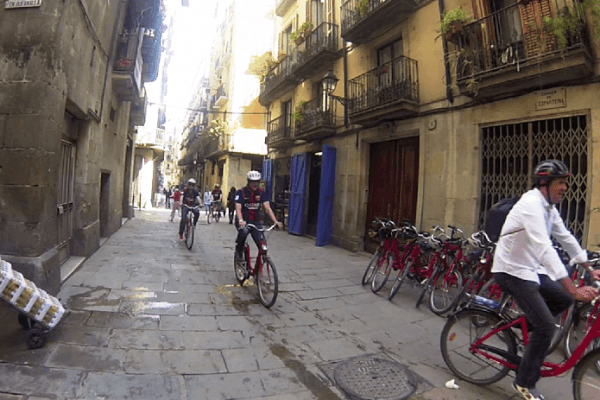 movingbarcelona_teambuilding_barcelona_teamwork_activities_biketours_opt