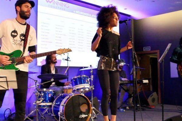 quiz-music_teambuilding_activity_barcelona_entertainment_incentives_party_opt