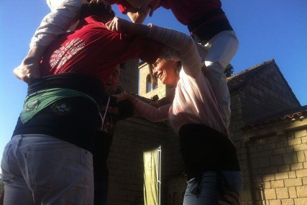 team-building-barcelona-amfivia-4-human-towers-castellers_opt