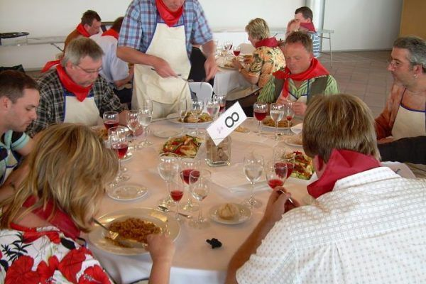 paella_cooking_masterchef6_competition_teambuilding_activity_barcelona_incentives_opt