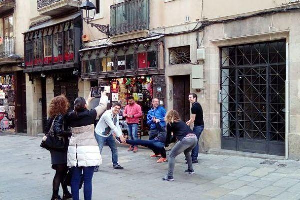 chasse-au-tresor_gymkhana_barcelona_team-building_teambuilding_activite_teamwork6_opt-1