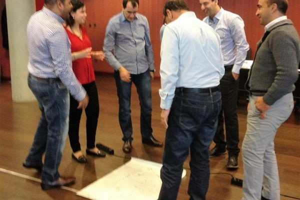 team-building_training_barcelona_trencadis_activity_amfivia