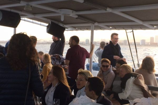 Catamaran Cruise_ teambuilding_ Incentives_ conference_ amfivia_barcelona (4)
