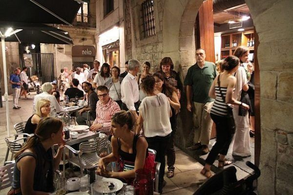 Teambuilding_Tapas-tour-Barcelona-Amfivia_opt