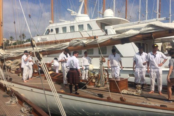 Classic_Regatta_barcelona_amfivia_event_yacht_teambuilding 3