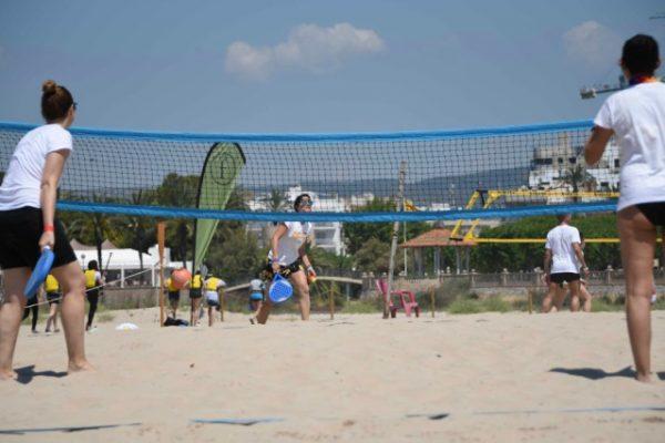 Beach activities_amfivia_teambuilding_volley_outdoor_event_barcelona 2