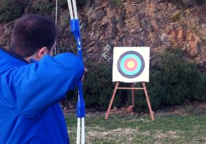 Team building actif: défi d'orientation et de tir à l'arc!