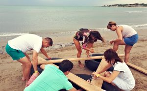 TEAM BUILDING IN THE BEACH: FUN AND ENERGIZING!